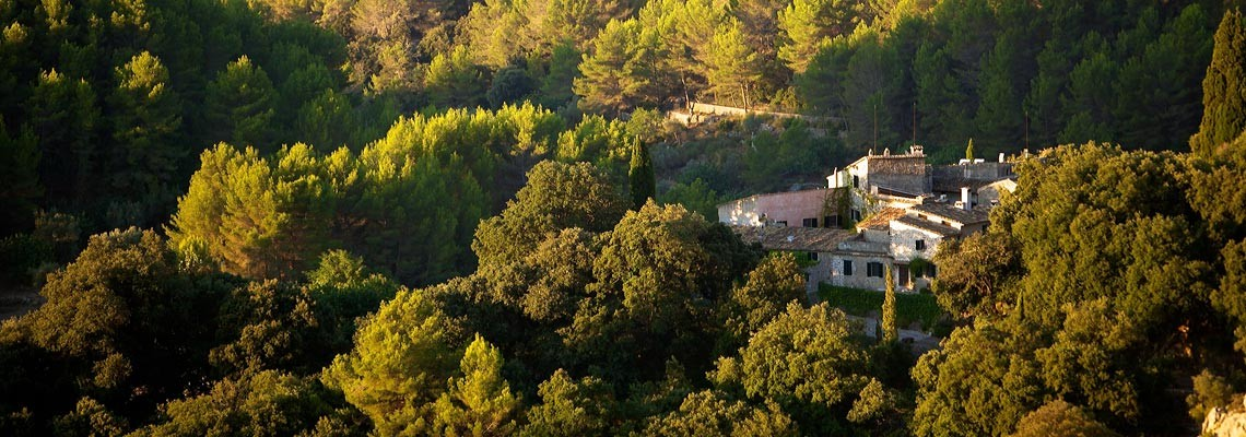 Weekly villa rentals in Mallorca Spain